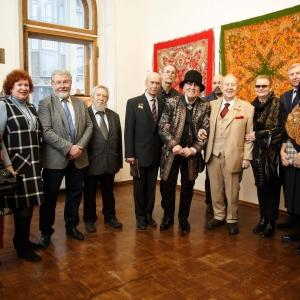 Выставка «Цветочная симфония павловопосадской шали» в РАХ