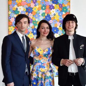 «Посвящается цветам/Hommage an die Blumen». Выставка произведений Алекса Долля в Германии.