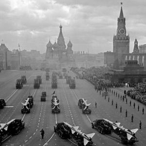 «История в мгновениях. Наше время». Фотовыставка Юрия Абрамочкина в Москве.
